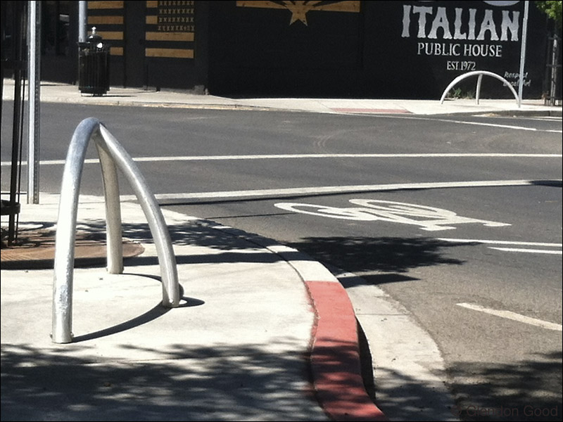 Contemporary.Bike.Rack.Loc