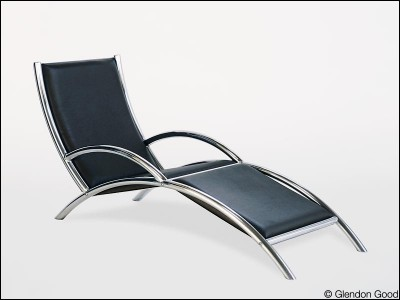 seating.agrus1.leather.aluminum.1