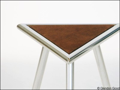 seating.morpheus.stool.aluminum.3