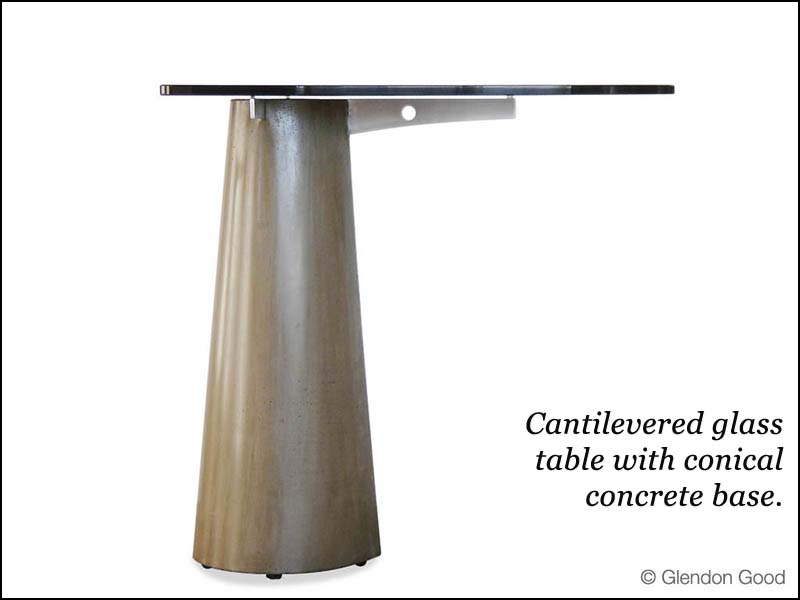 table.glass.concrete.alu.dg2