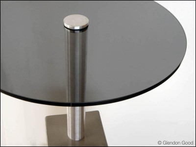 table.glass.concrete.dg1