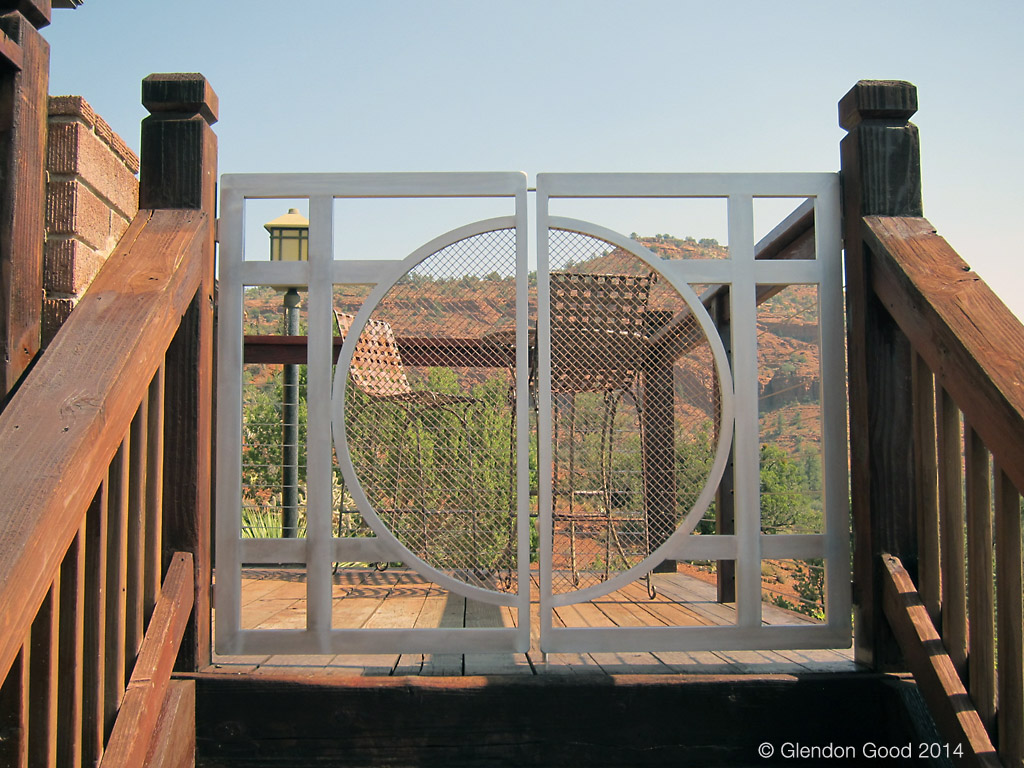 contemporary metal gate