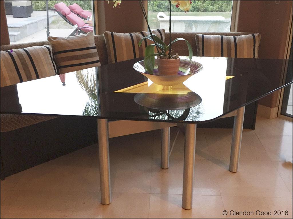 Table.LED Lights.loc
